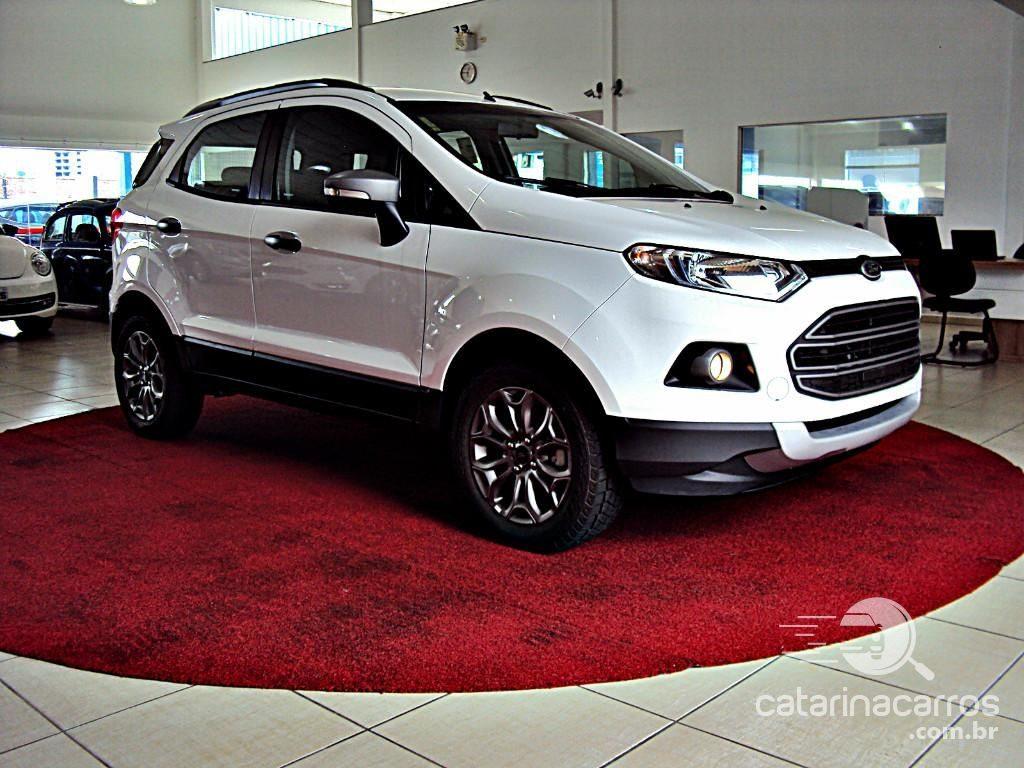Carro Ford EcoSport, SUV compacto também é acessível