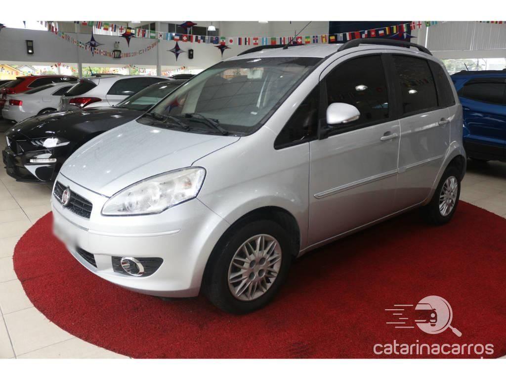 Carro Fiat Idea