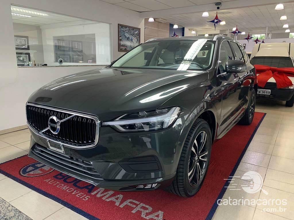 Carro alto e econômico Volvo XC60